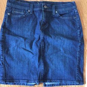Levi's Original Jean Skirt sz 12
